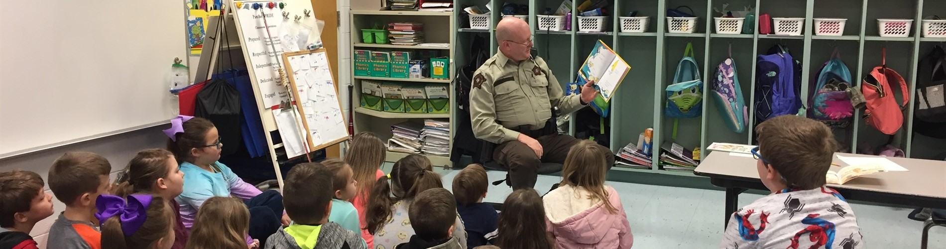 JPE first grade with Deputy Blevins.
