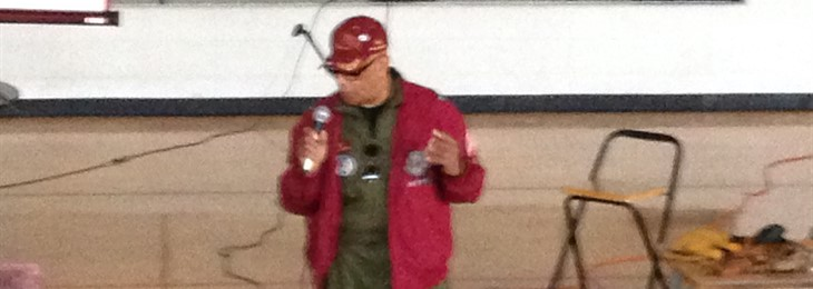 Tuskegee Airman present to Casey County 5th and 6th graders.