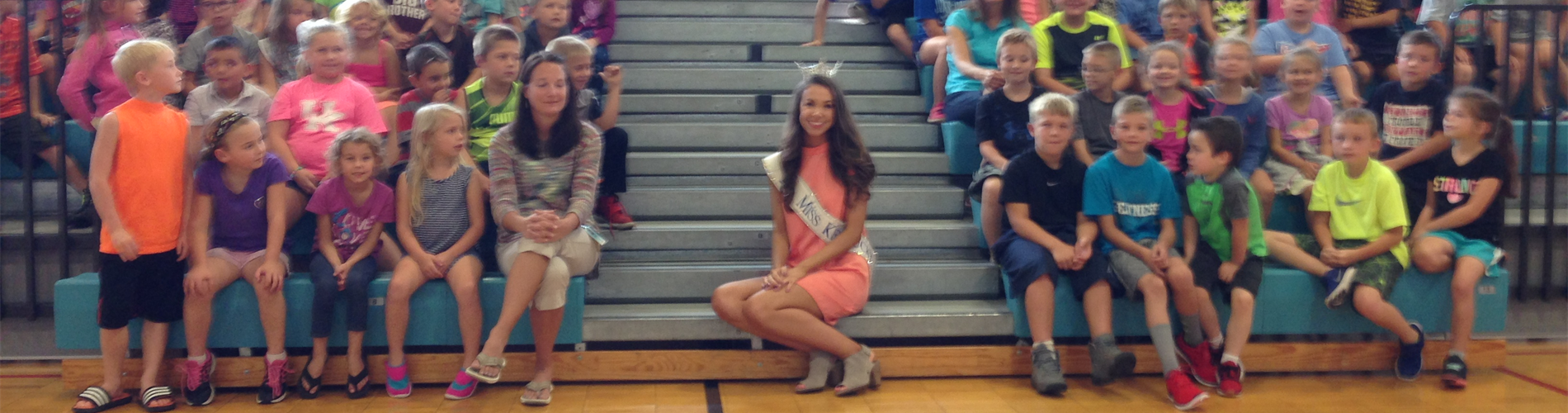 Miss Kentucky inspires elementary students.